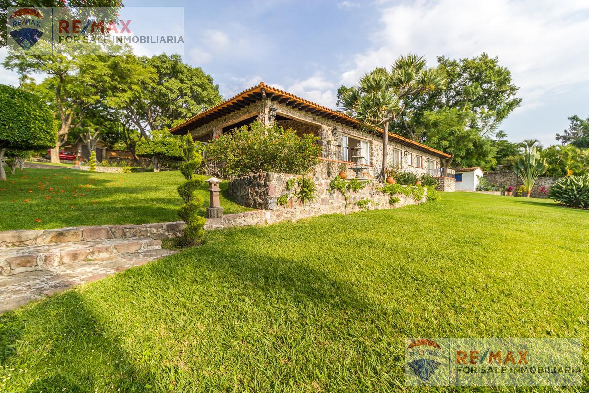 Foto Casa en Venta en  Fraccionamiento Tamoanchan,  Jiutepec          Venta de casa en Tamoanchan, Jiutepec, Morelos…Clave 2950