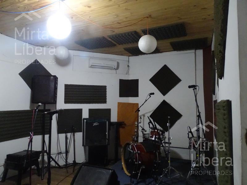 Foto Casa en Venta en  La Plata ,  G.B.A. Zona Sur  Calle 71 esquina 11