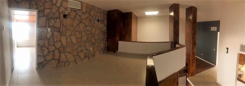 Foto Casa en Venta en  Lomas del Santuario,  Chihuahua  CASA EN VENTA EN LOMAS DEL SANTUARIO REMODELADA
