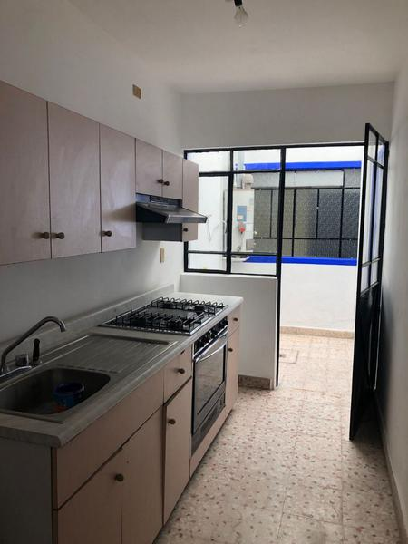 Foto Casa en Venta en  San Nicolás,  León  Casa en venta una planta zona céntrica