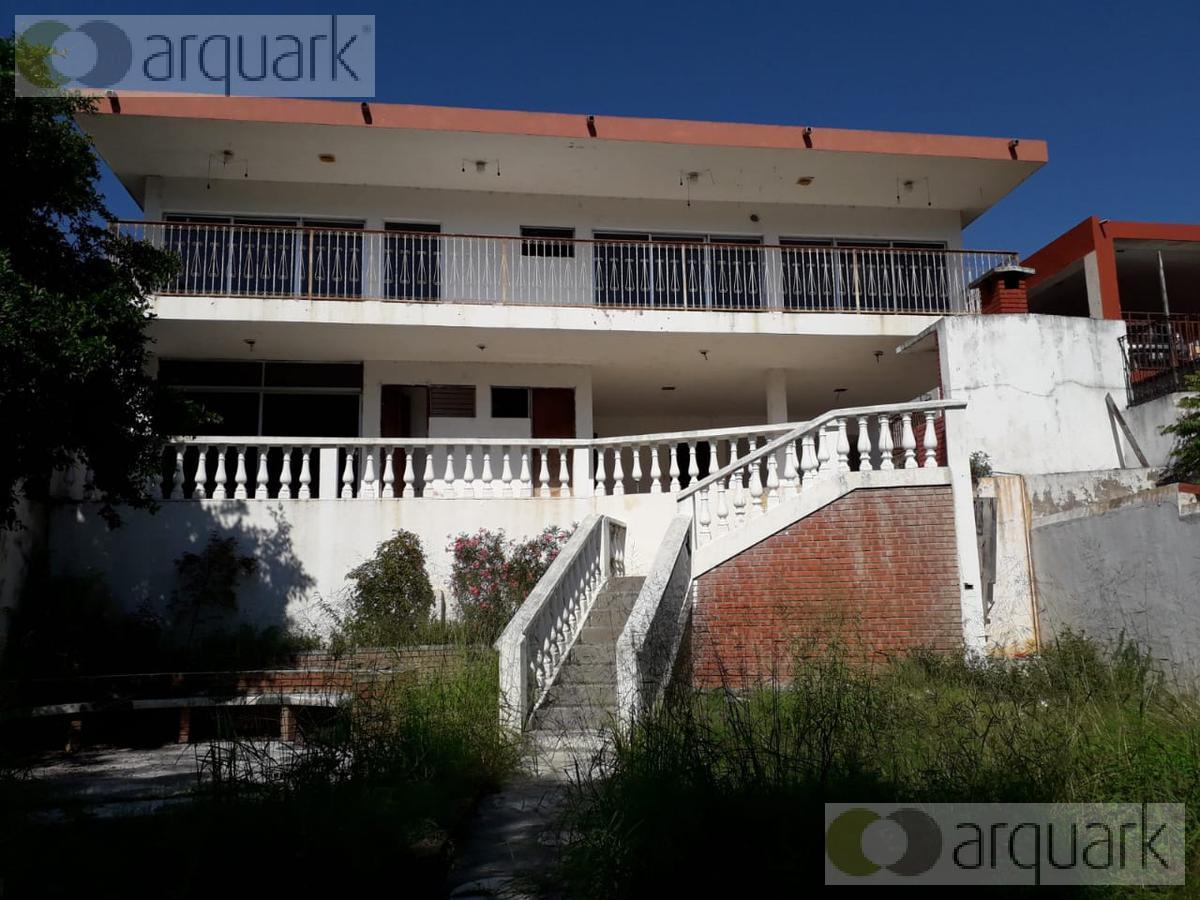 Foto Casa en Venta en  Santiago Centro,  Santiago  Remate Casa a 3 cuadras de Centro Cercado, Santiago.