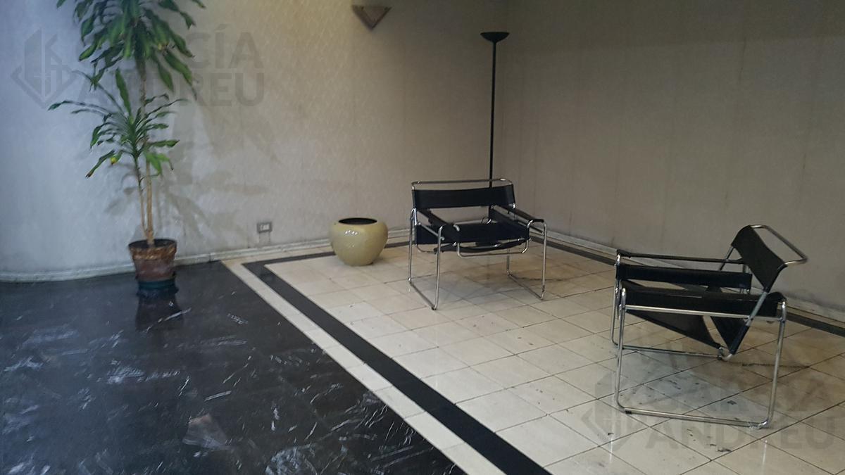 Foto Departamento en Venta en  Centro Oeste,  Rosario  Av Pellegrini 1400