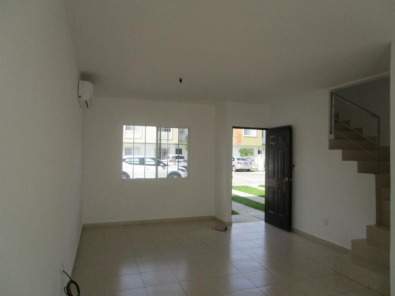 Solidaridad House for Sale scene image 10