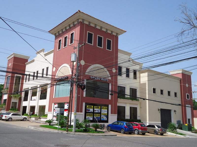 Foto Local en Renta en  Suyapa,  San Pedro Sula  Local comercial en alquiler frente a Ficohsa