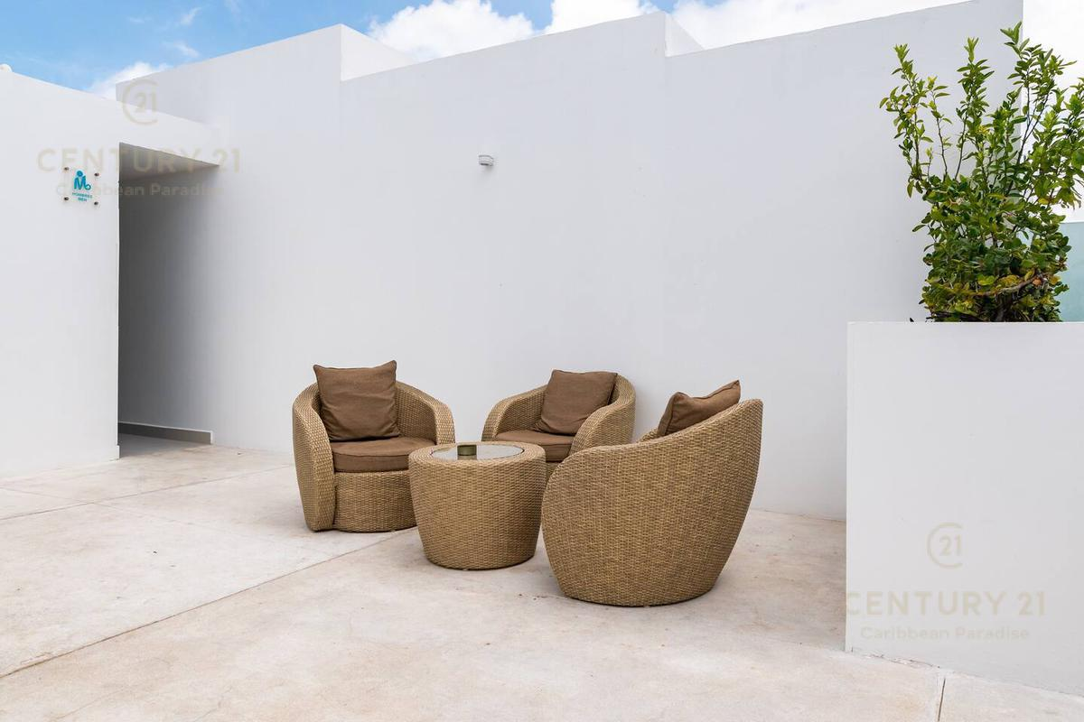 Playa del Carmen Apartment for Sale scene image 18