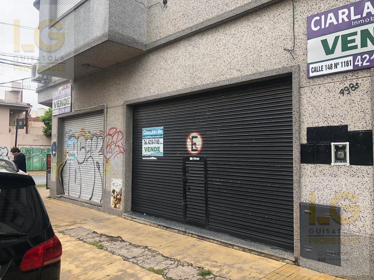 Foto Local en Venta en  Berazategui,  Berazategui  11 5000