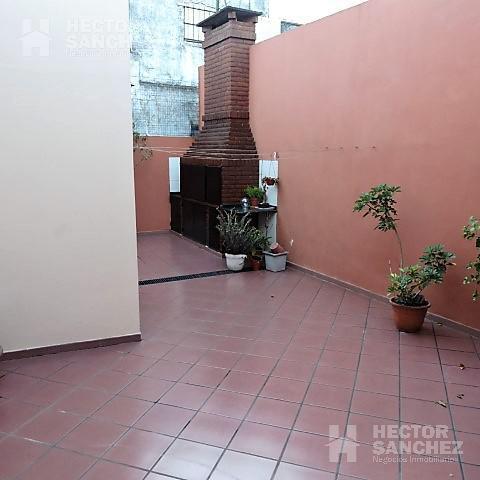 Foto Casa en Venta en  Moron,  Moron  Pellegrini al 1000