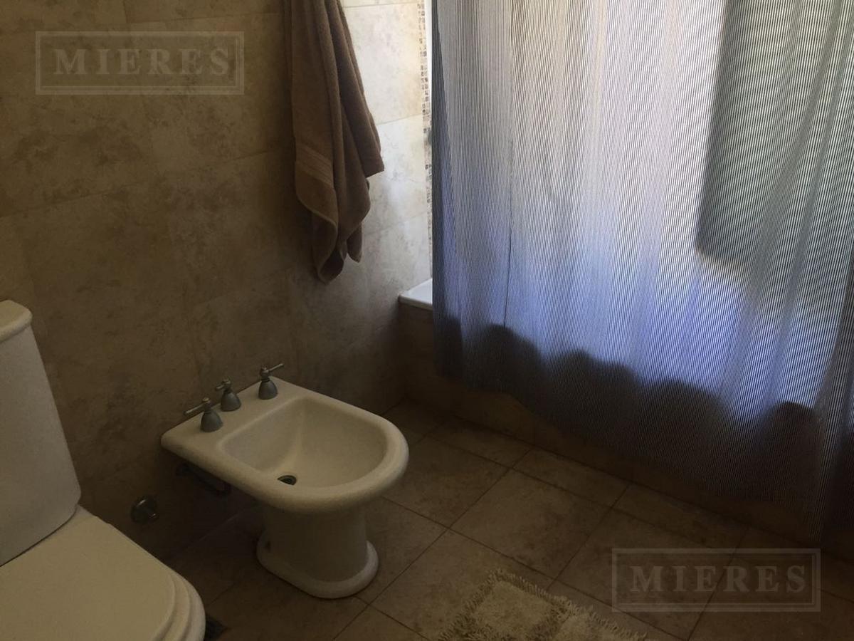 Casa en venta en Santa Catalina