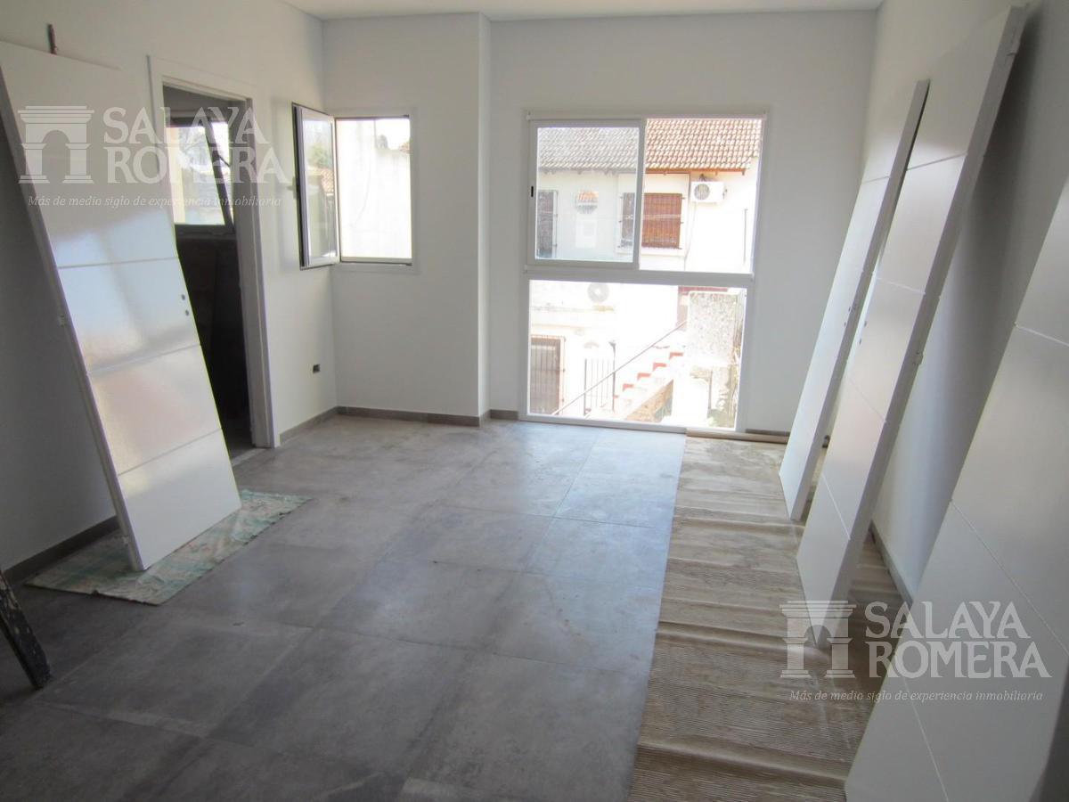 Foto Casa en Venta en  Victoria,  San Fernando  Venta Casa en Condominio - Simon de Iriondo al 800