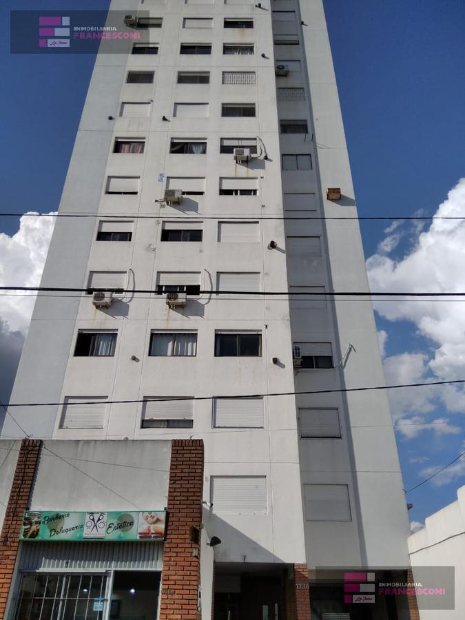 Foto Departamento en Alquiler en  Zona Sur,  La Plata  6  6 Y 7