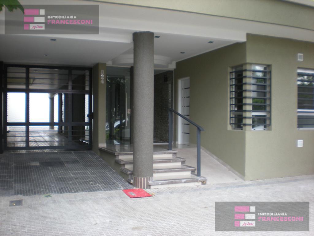Foto Departamento en Alquiler en  Microcentro,  La Plata  17 48 Y 49