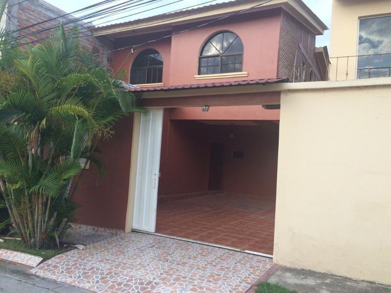 Foto Casa en Venta en  Res. Altos del Trapiche,  Distrito Central  Casa En Venta Altos Del Trapiche Tegucigalpa