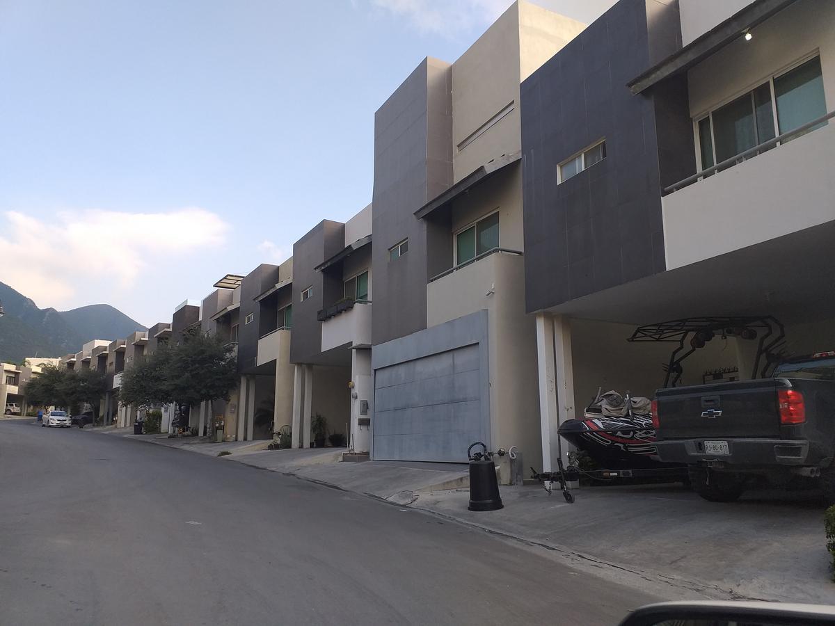 Foto Casa en Venta en  El Vergel,  Monterrey  Calle Pani