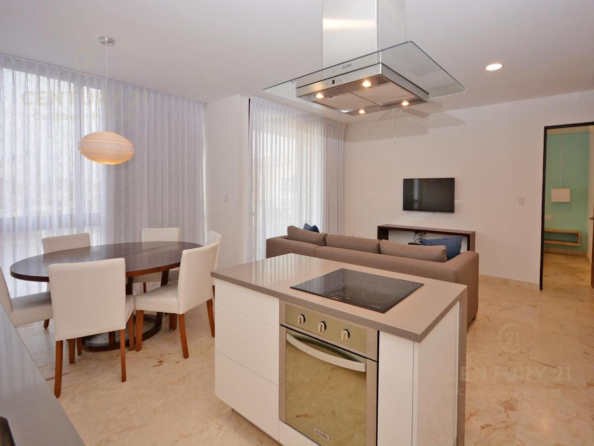 Playa del Carmen Apartment for Sale scene image 21