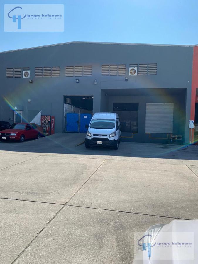 Foto Bodega Industrial en Renta en  Arenal,  Tampico  BODEGA UBICADA A POCOS METROS DEL AEROPUERTO, EN AV. RIBERA DE CHAMPAYAN TAMPICO TAM.