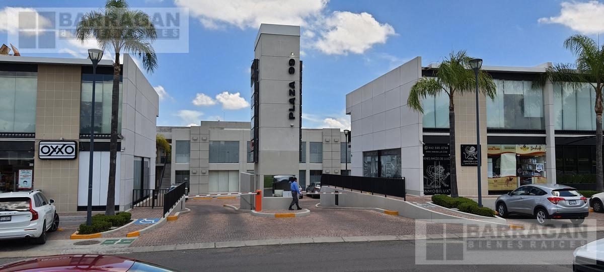Foto Oficina en Venta en  Fraccionamiento El Campanario,  Querétaro  Oficinas en Venta Plaza 99 El Campanario, Querétaro