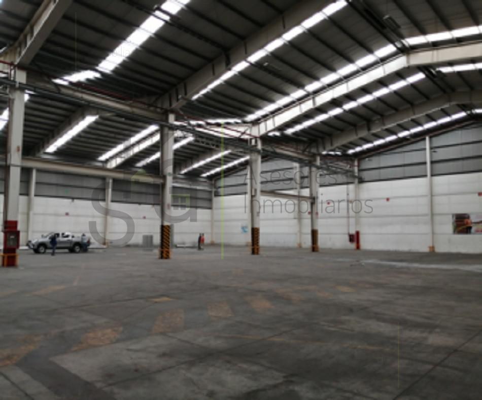 Foto Bodega Industrial en Renta en  Industrial Alce Blanco,  Naucalpan de Juárez  SKG Asesores Inmobiliarios Renta Bodega en Calzada de la Naranja, Alce Blanco