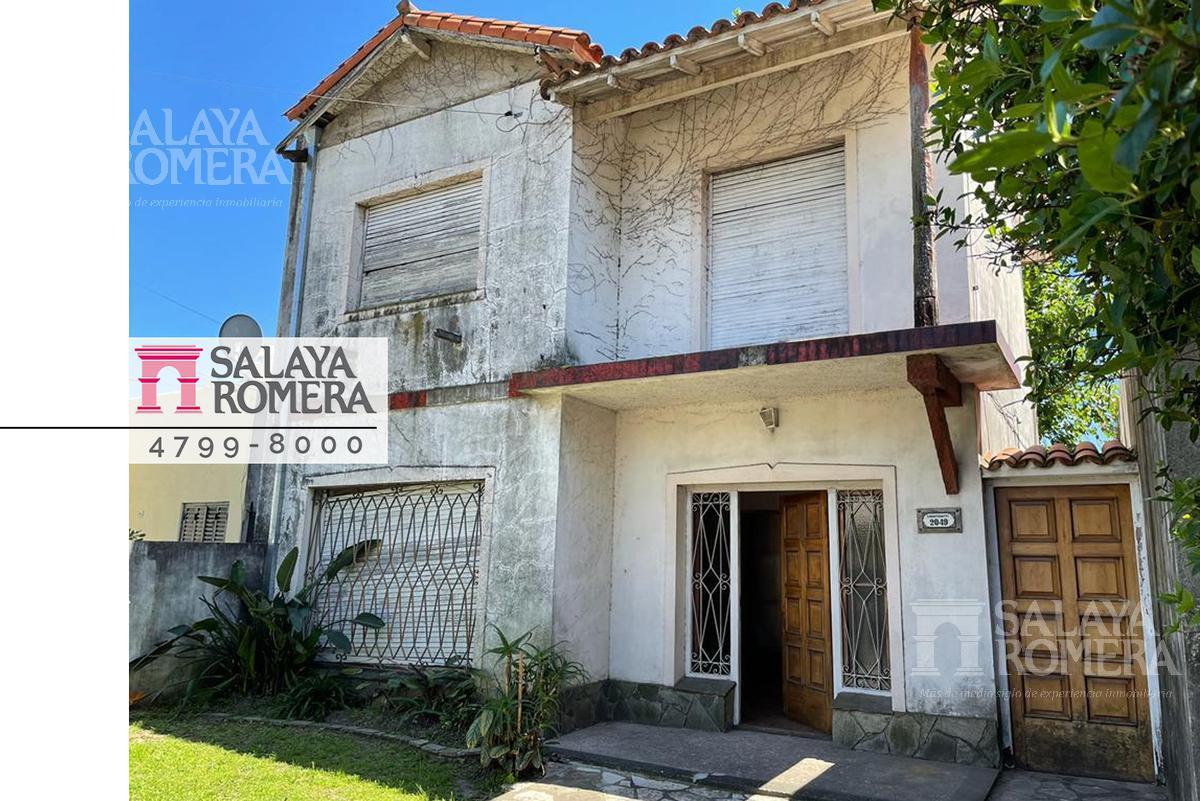 Foto Casa en Venta en  Olivos-Maipu/Uzal,  Olivos  Debenedetti al 2000