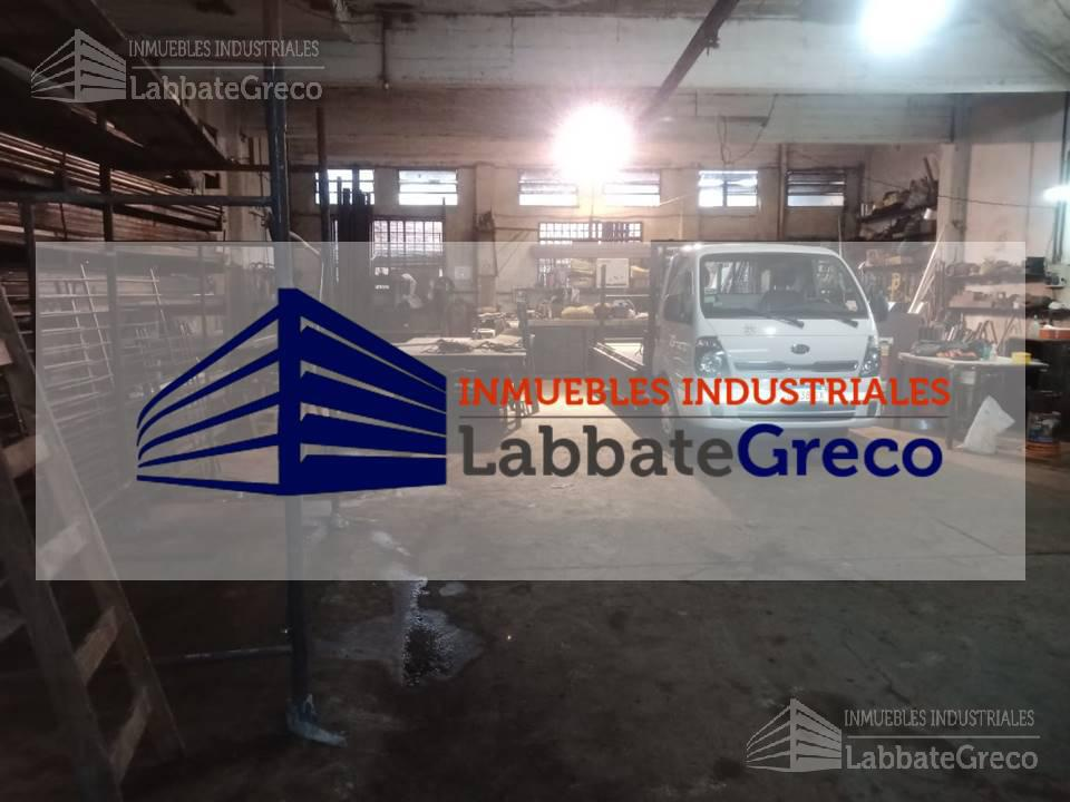Foto Nave Industrial en Venta en  S.Andres,  General San Martin  Tandil al 3600