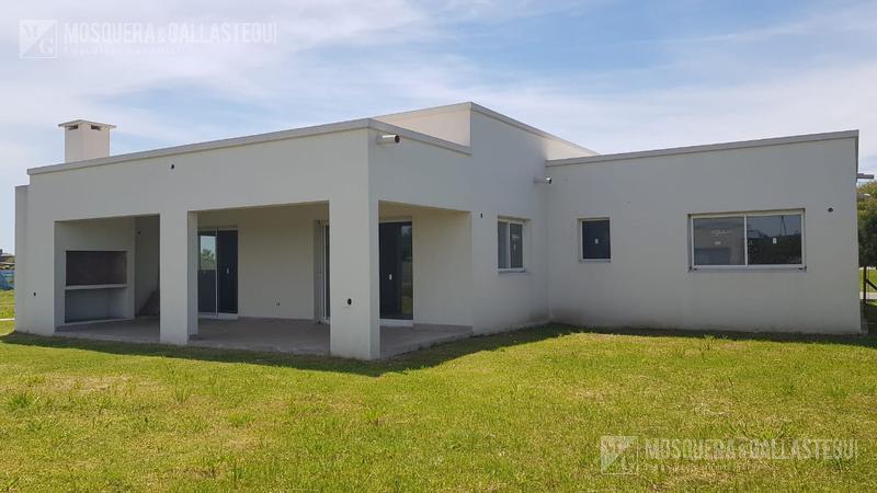 Foto Casa en Venta en  El Canton - Norte,  Countries/B.Cerrado (Escobar)  El Canton - Norte