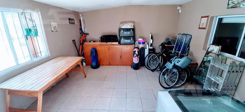 Foto Casa en Venta en  Ituzaingó ,  G.B.A. Zona Oeste  Rosso al 800