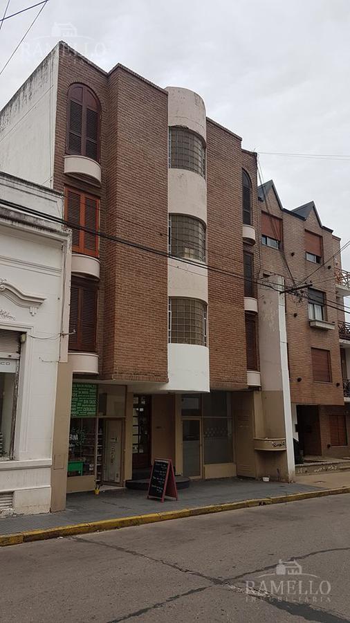 Foto Departamento en Alquiler en  Centro,  Rio Cuarto  Velez Sarfield al 400