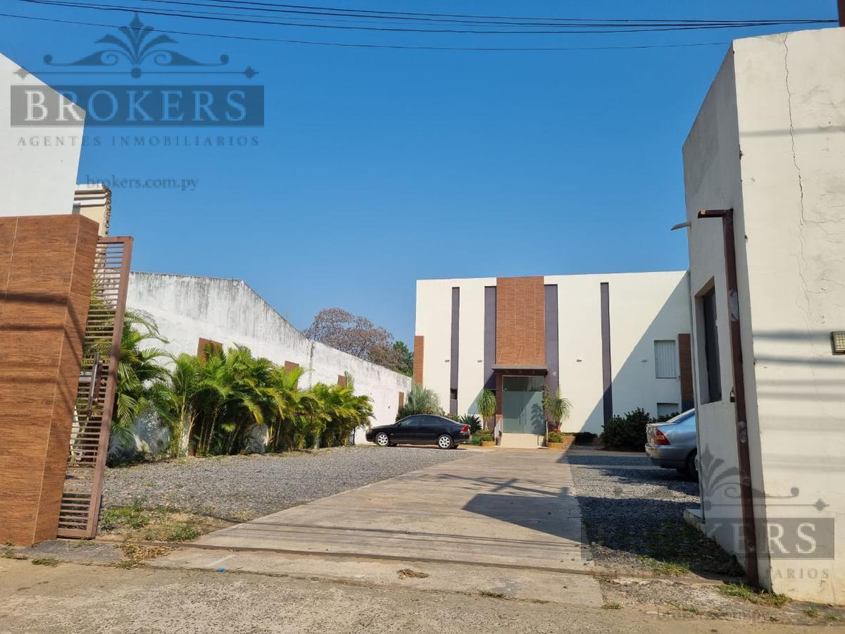 Foto Local en Venta en  San Jorge,  Santisima Trinidad  Alquilo Local De 900 m2 Sobre Aviadores Del Chaco