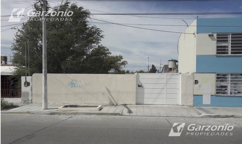 Foto Terreno en Venta en  Trelew ,  Chubut  Centenario al 400