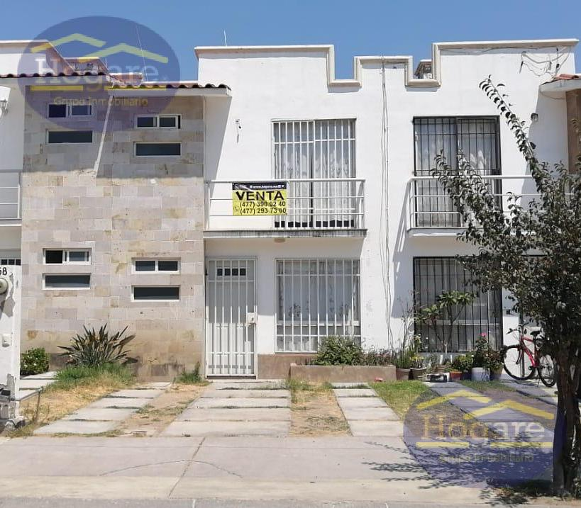 Casa Venta Recámara Planta Baja Privada Fraccionamiento Villa de Cirella  Blvd Epsilón León Gto
