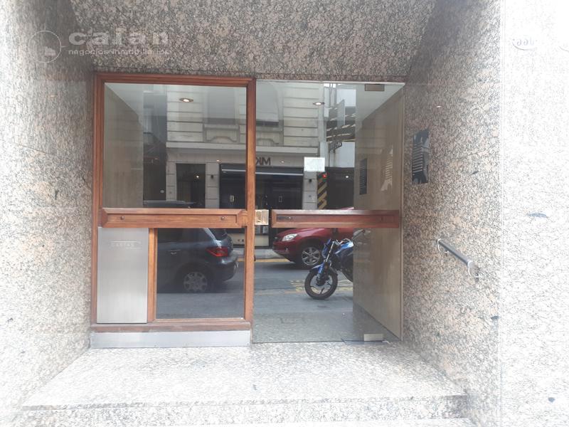 Foto Oficina en Alquiler en  Microcentro,  Centro  Montevideo al 500