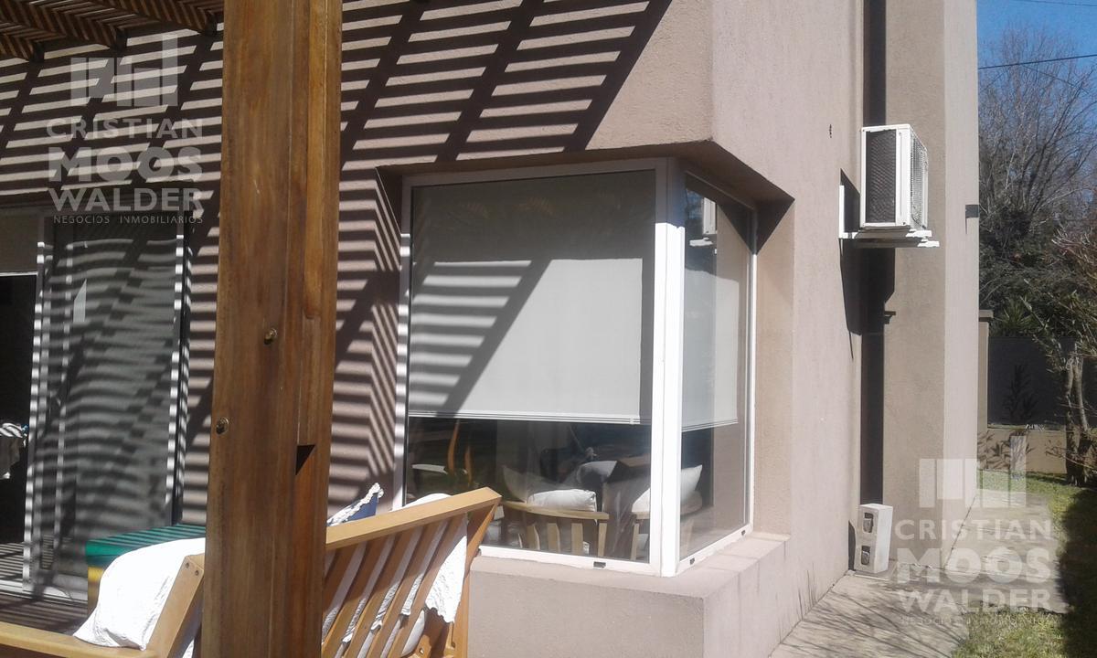 Foto Casa en Venta en  Acacias Blancas,  Ingeniero Maschwitz  Ruta 26