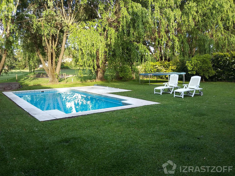 Casa--Pilar Del Lago-Club de Campo Pilar del Lago vista al golf