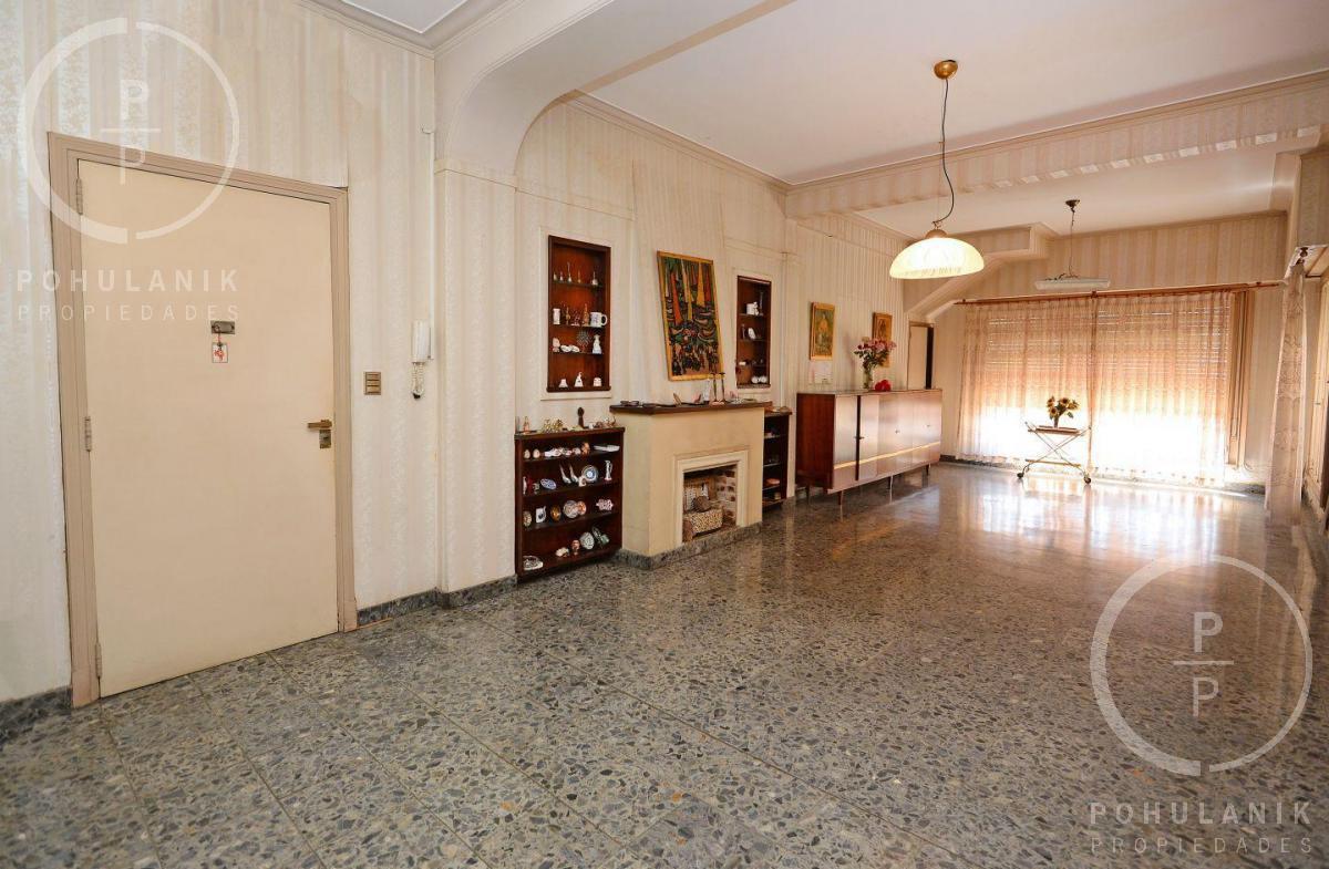 Foto PH en Venta en  Villa Real ,  Capital Federal  Nogoya5900