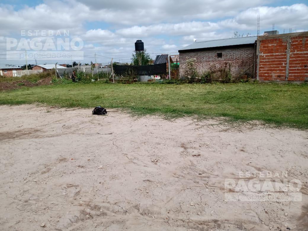 Foto Terreno en Venta en  Lisandro Olmos Etcheverry,  La Plata  57 e 173 y 174