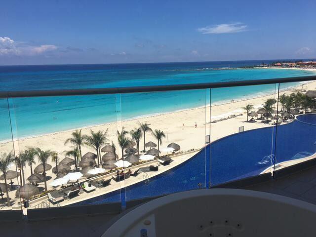 Foto Departamento en Venta en  Zona Hotelera,  Cancún  Departamento Cancún Lahia