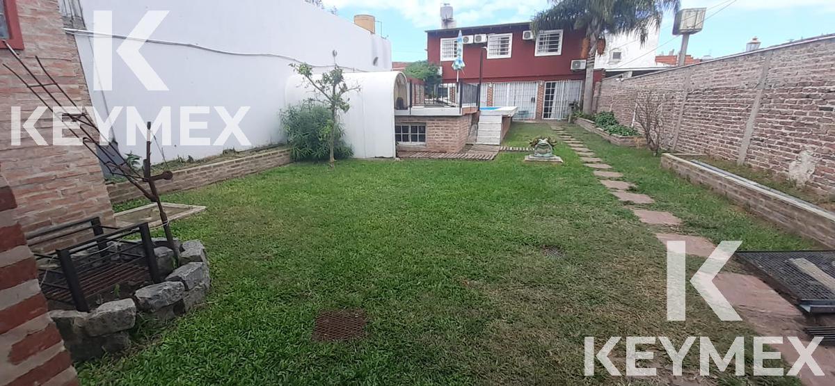 Foto Casa en Venta en  La Plata,  La Plata  Calle 78 entre 2 bis y 3