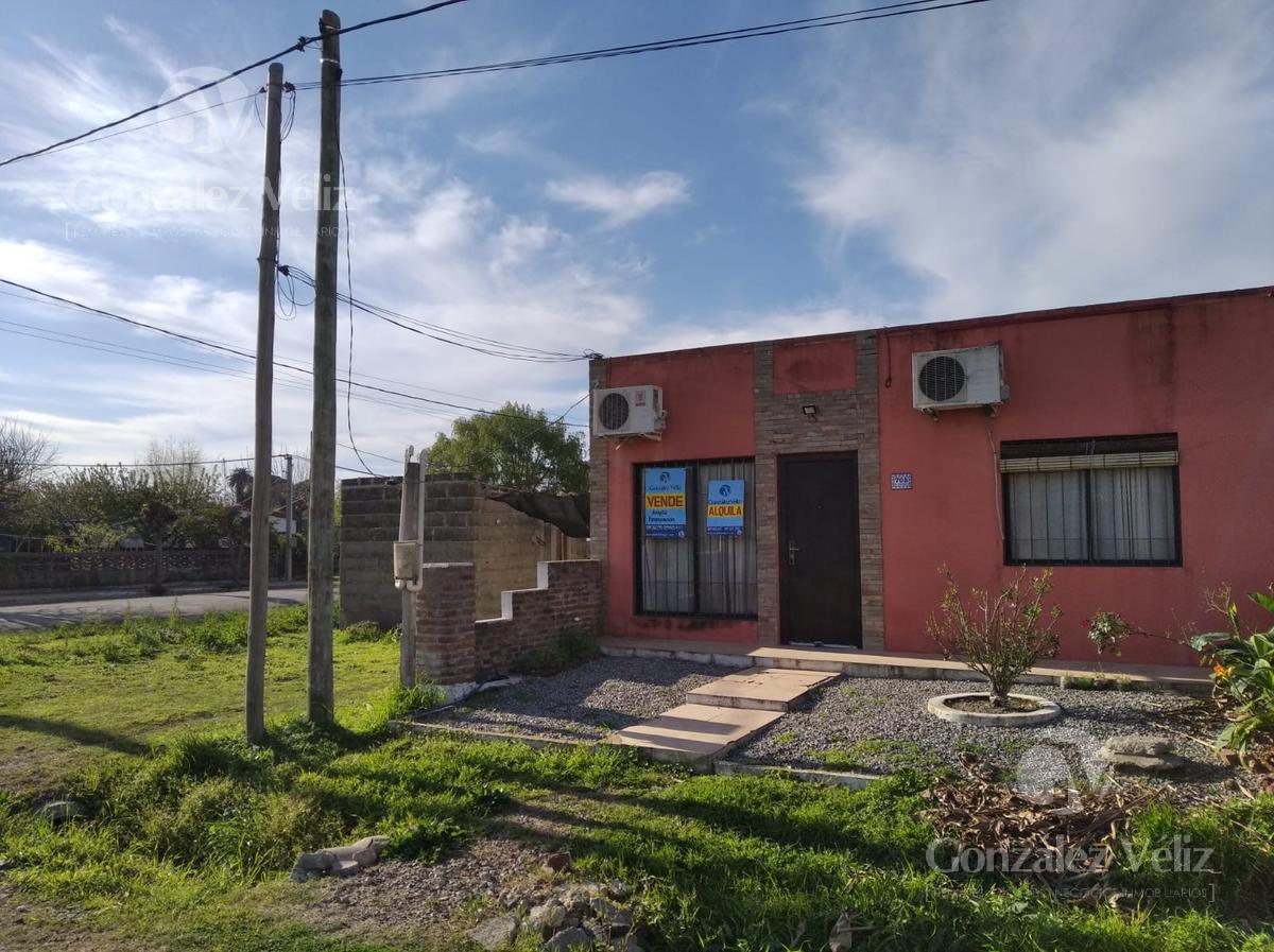 Foto Casa en Venta en  Carmelo ,  Colonia  Gral. Flores esquina Leandro Gomez