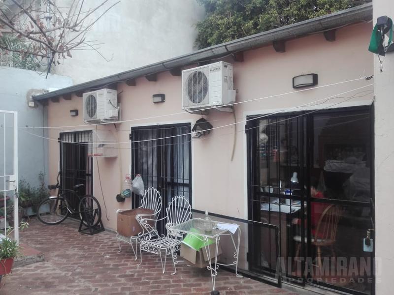 Foto PH en Venta en  Chilavert,  Villa Ballester  Río Negro al 2800 e/Independencia y Esmeralda