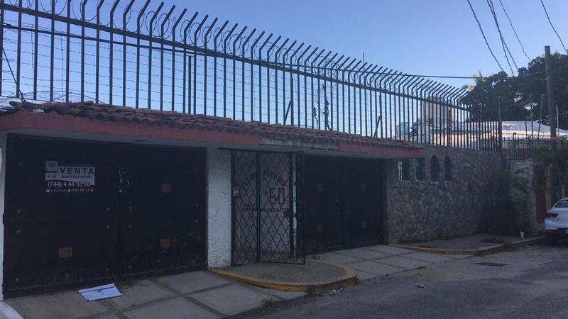 Foto Casa en Venta en  Hornos Insurgentes,  Acapulco de Juárez  TESORO PERDIDO
