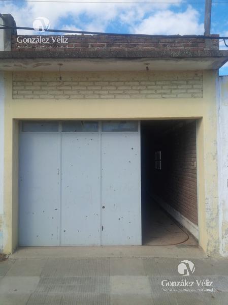 Foto Depósito en Venta en  Carmelo ,  Colonia  Defensa ent Uruguay y Zorrilla