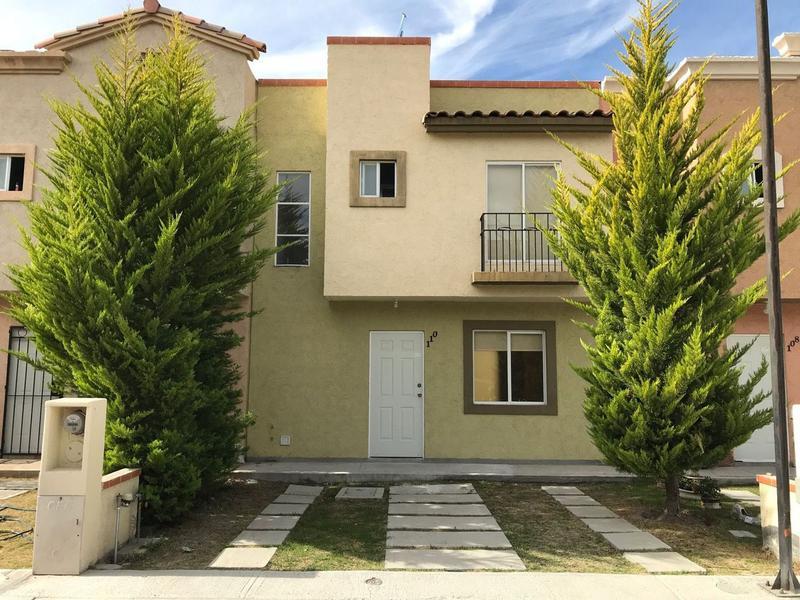 Foto Casa en Venta en  Fraccionamiento Real Toledo,  Pachuca  Casa en Venta en Fracc. Real de Toledo