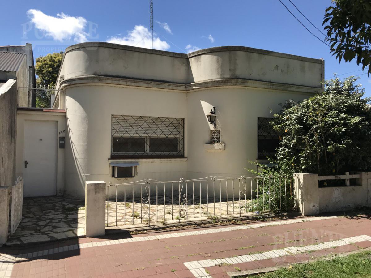 Foto Casa en Venta en  Lomas de Zamora Este,  Lomas De Zamora  Nicora 442