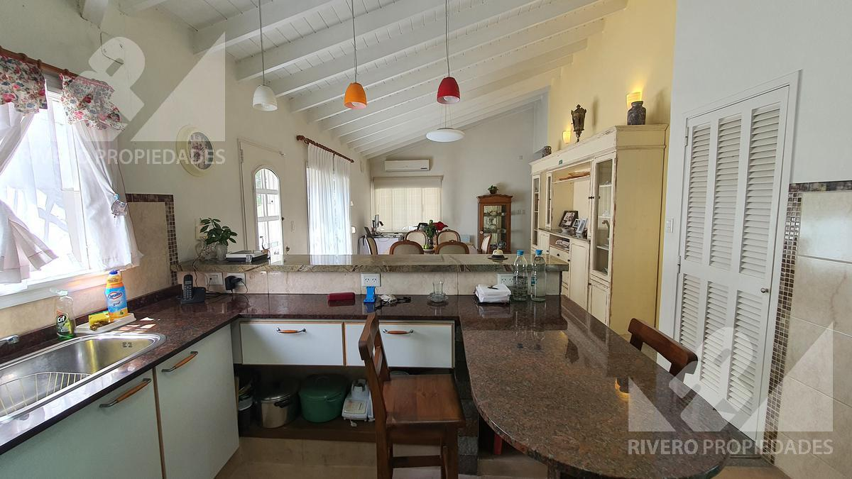 Foto Casa en Venta en  Moron Sur,  Moron  Monteagudo al 800