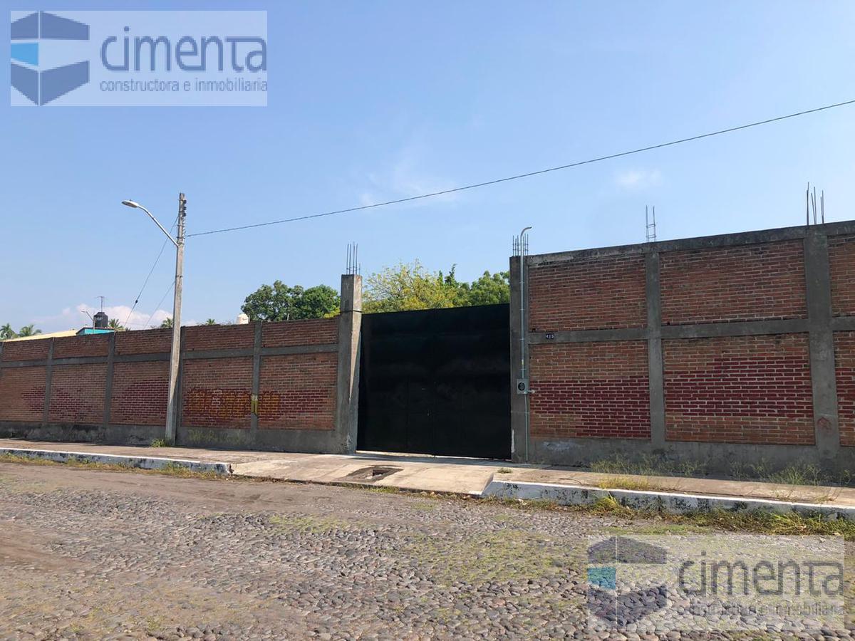 Foto Oficina en Renta en  Del Periodista,  Colima  BODEGA EN CRISTOBAL COLON 415