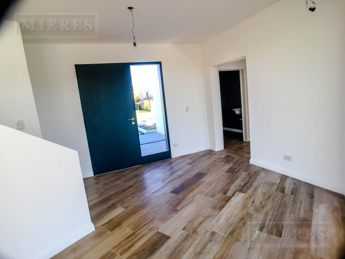 Casa en San Francisco, Villanueva - en venta