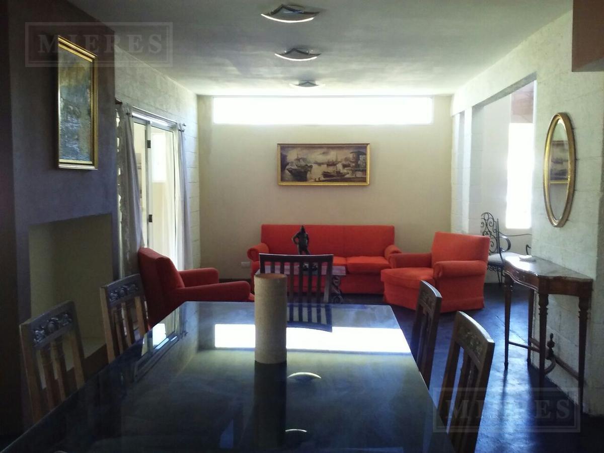 MIERES Propiedades- Casa de 280 mts en Pilar Del Lago