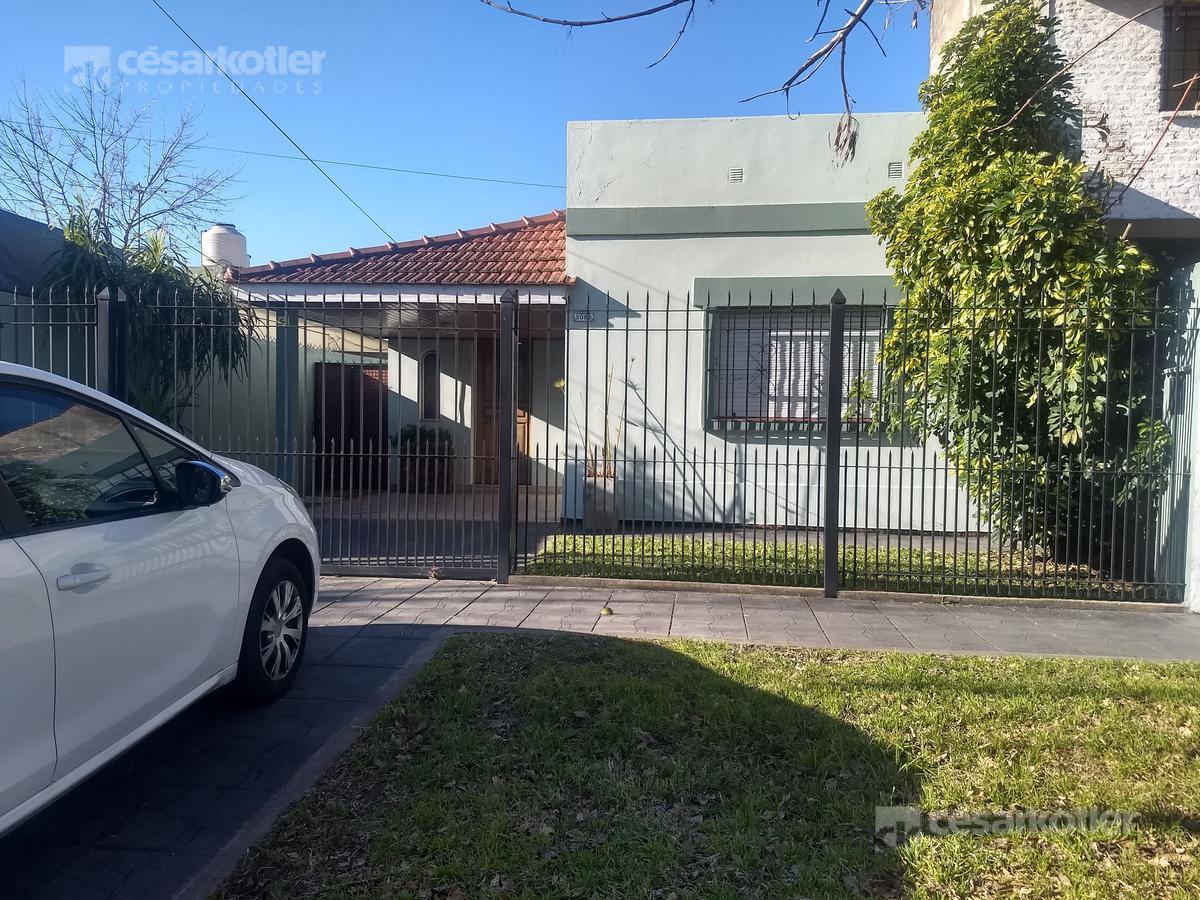 Foto Casa en Venta en  Jose Marmol,  Almirante Brown  Luis Piedrabuena 3086