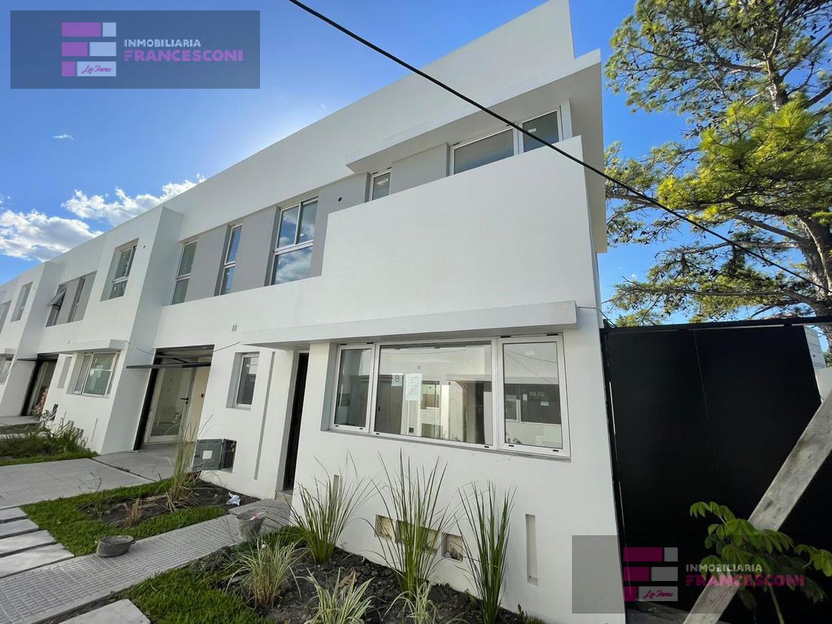 Foto Casa en Venta en  Manuel B Gonnet,  La Plata  23 507 Y 508