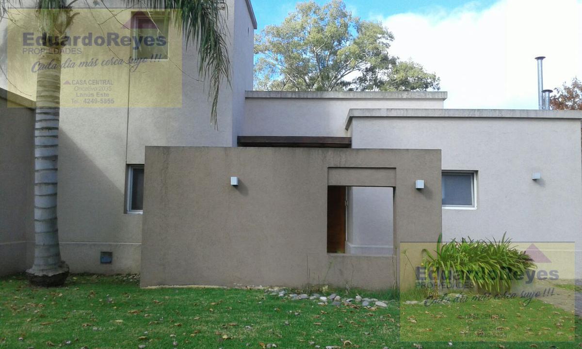 Foto Casa en Venta en  Country El Paraíso,  Guernica  COUNTRY CLUB EL PARAISO AV 33 Y CALLE 21