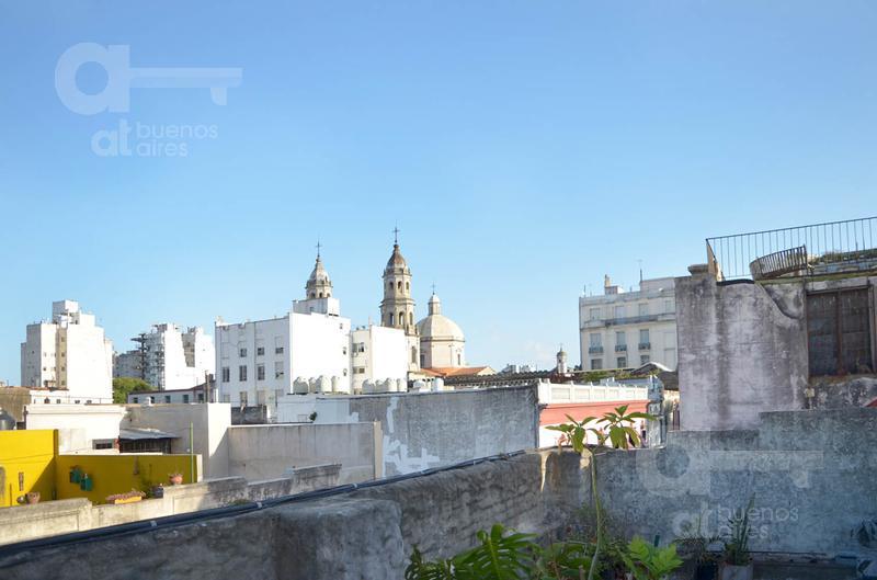 Foto Local en Alquiler en  San Telmo ,  Capital Federal  Defensa al 1000, Plaza dorrego